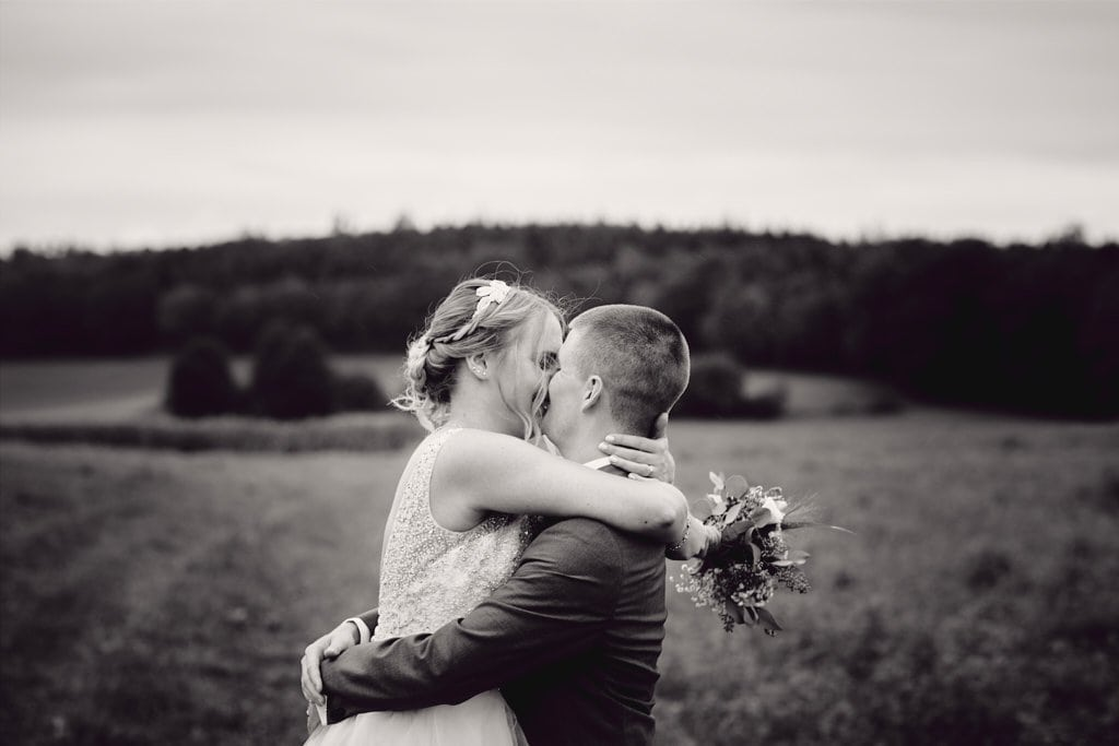 bisous mariage photos