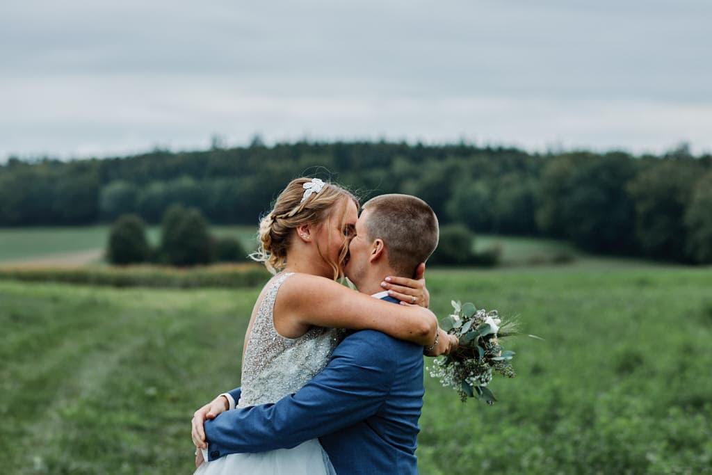Séance photos de mariés au naturel