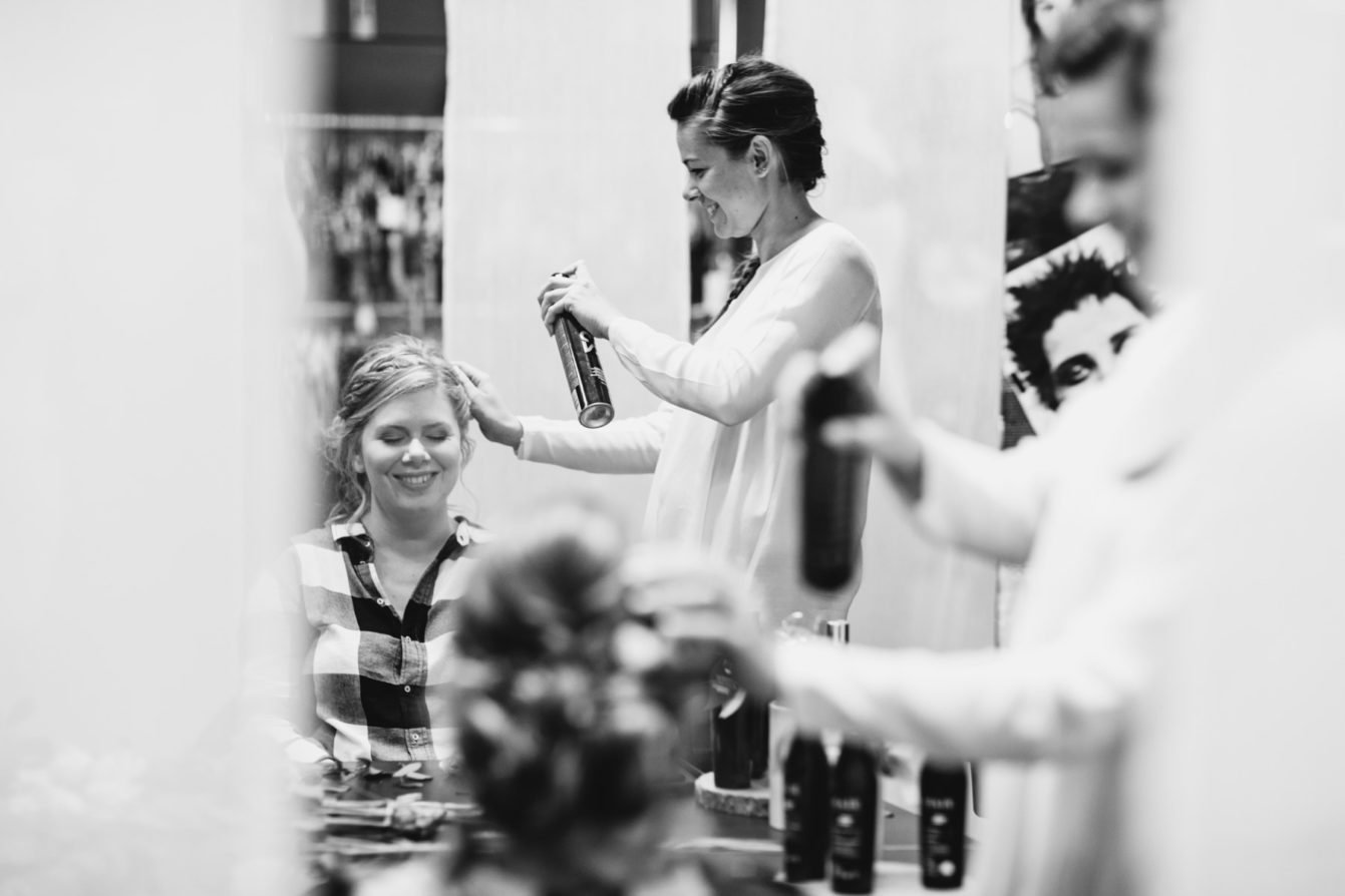 La marié au coiffeur