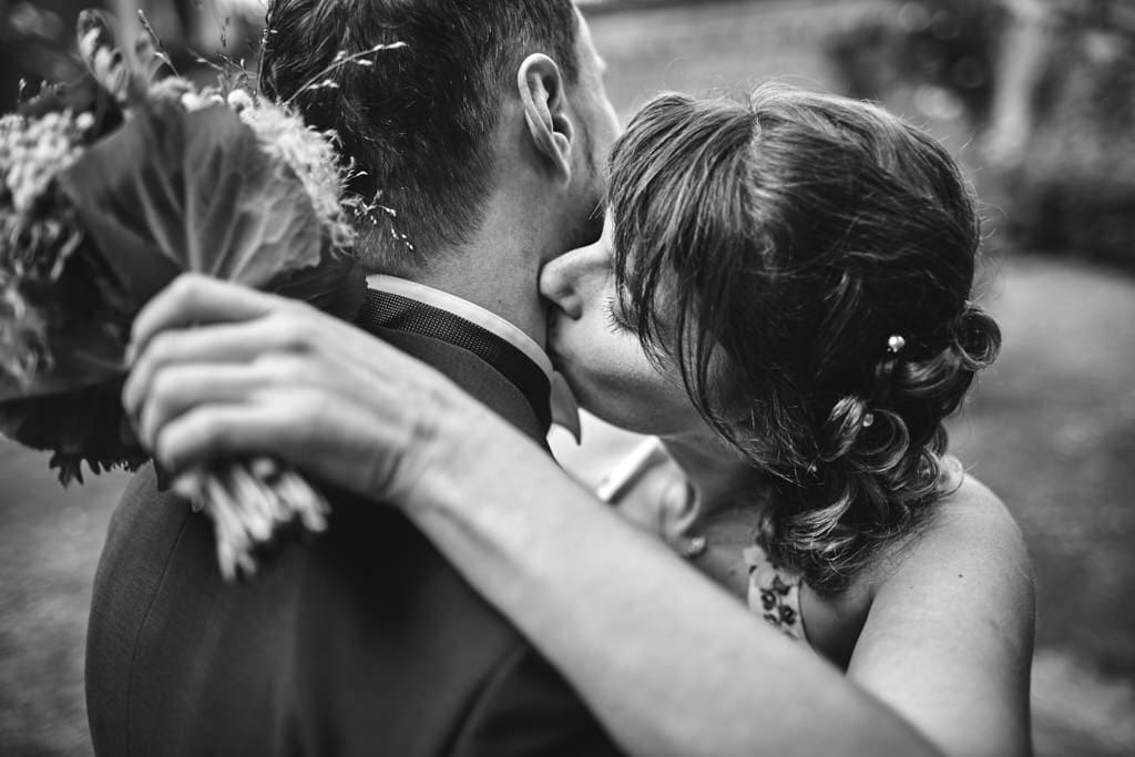 Séance photos couple lors d'un mariage